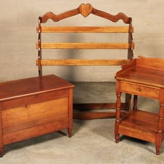 3 PC. LOT OF CHERRY AMERICAN FURNITURE