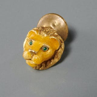 Tiffany & Co. 18k gold lion lapel pin