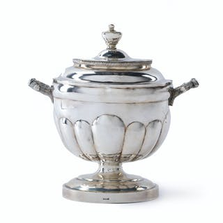 A Continental silver biscuit jar