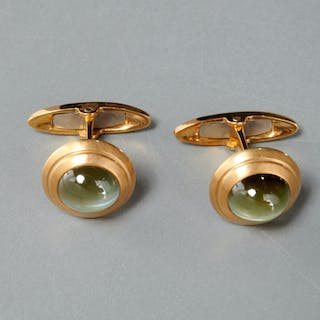 Men's 18k gold and green prehnite cufflinks