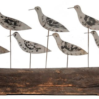 OLD DECK CLEAT WITH (11) FOLK ART SHORE BIRDS