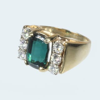 TOURMALINE AND DIAMOND RING IN 10K YELLOW GOLD