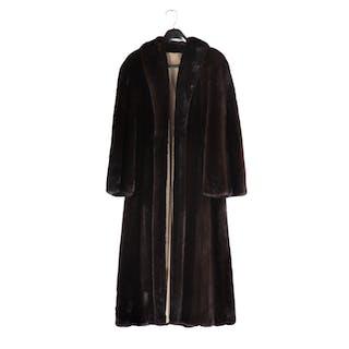 Ladies Vintage Dark Brown Mink Fur Coat