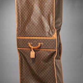 Vintage Louis Vuitton monogram canvas garment bag