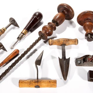 ASSORTED WOODEN-HANDLED TOOLS, LOT OF EIGHT