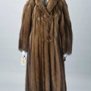Ladies Maximillian Fisher fur coat