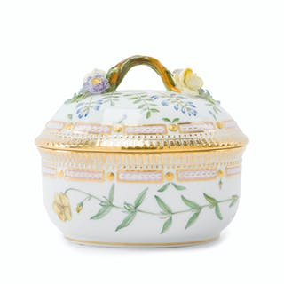 "A Royal Copenhagen ""Flora Danica"" covered tureen"