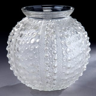 """R. Lalique """"Oursin"""" frosted clear glass bowl"""