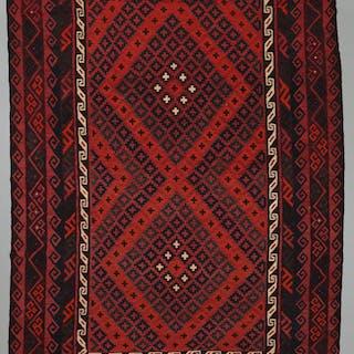 MATTA, persisk kelim, 316 x 222 cm.