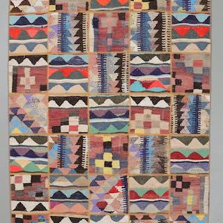 MATTA, persisk patchwork, 213 x 152 cm.