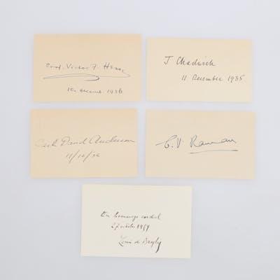 AUTOGRAF. 5 nobelpristagare i fysik inkl Raman och Chadwick.