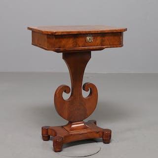 SYBORD, mahogny, Karl Johan-stil, 1800 tal.