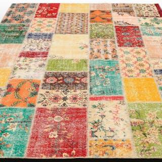 MATTA, carpet patchwork, 304 x 215 cm.