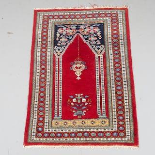 MATTA, orientalisk, 122 x 80 cm.
