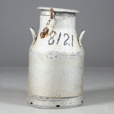 MJÖLKKANNA, aluminium, 1900-tal.