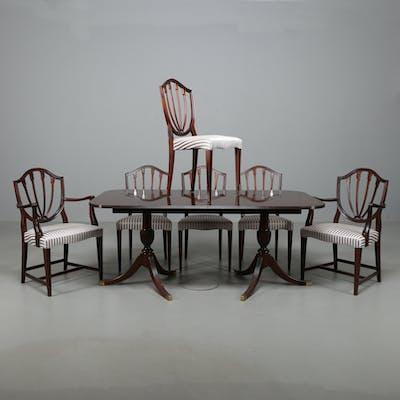 MATSALSBORD med 6 st stolar, i engelsk stil, 1950-60-tal.