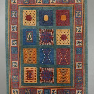 MATTA, modern, indisk, 191 x 143 cm.