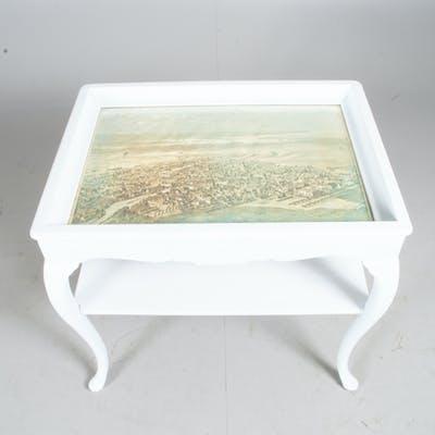 BORD, vitmålat med tryck under glasskiva, rokokostil.