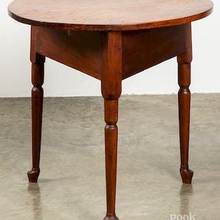 Queen Anne walnut tap table