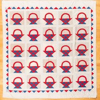 Pieced basket quilt