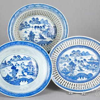 Chinese export Canton reticulated basket, etc.