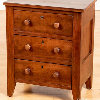 Pennsylvania child's cherry chest of drawers