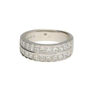 18 carat ring 1.87 ct diamond gold.