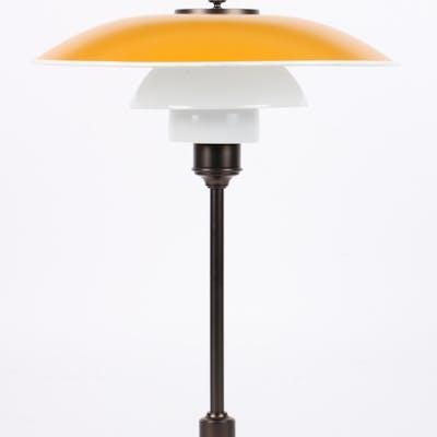 Poul Henningsen. 3½-2½ bordlampe.