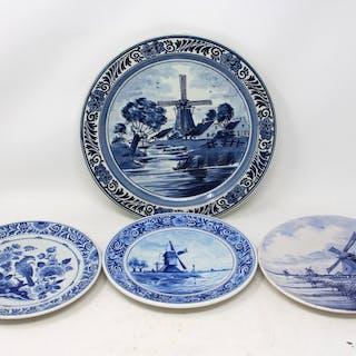 Konvolut Teller aus der Manufaktur Delft (4)