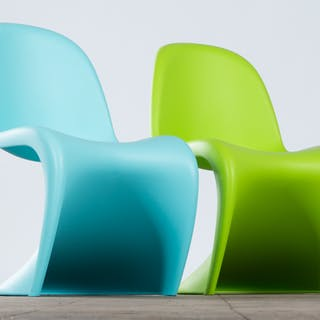 Verner Panton, Vitra, zwei Stühle / Freischwinger / Kinderstühle