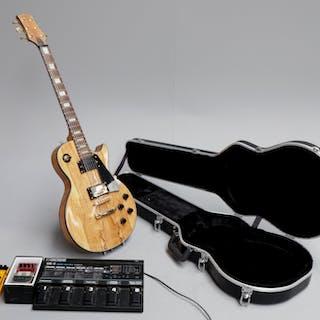 Keytone el-guitar med diverse pedaler