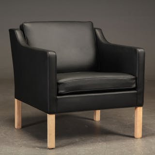 Børge Mogensen. Lounge chair, model 2421, reupholstered