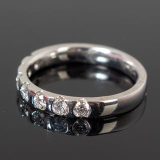 Ring, 750 gold with diamonds, 0.70 ct