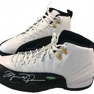 3b3ecd96bae0 Michael Jordan Signed Air Jordan 12 Retro Basketball Shoes (UDA COA) –  Current sales – Barnebys.com