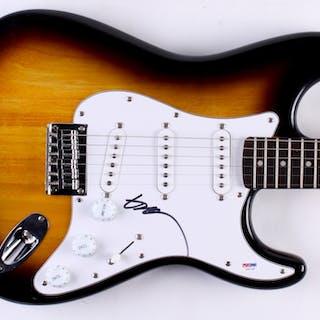 Willie Nelson Signed Full-Size Fender Electric Guitar (PSA COA)