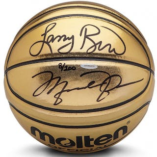 d2d517eadc9 Michael Jordan & Larry Bird Signed Limited Edition Molten Gold Basketball –  Current sales – Barnebys.com