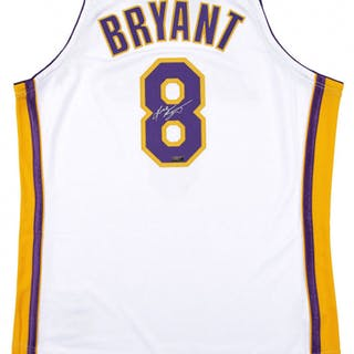 4aa3018f710 Kobe Bryant Signed Los Angeles Lakers Jersey (Panini COA) – Current ...
