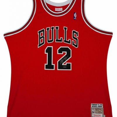 sale retailer a4e58 5b790 Michael Jordan Signed Mitchell & Ness #12 Authentic Chicago ...