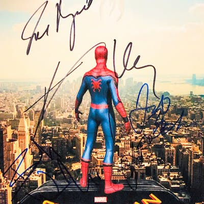 Spider-Man: Homecoming 11x14 Photo Cast-Signed by (5) With Tom Holland
