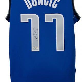 new style 61c71 da159 Luka Doncic Signed Nike Swingman Dallas Mavericks Jersey ...