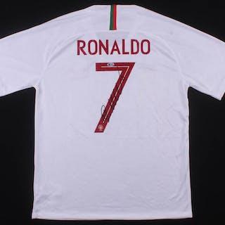 quality design 348be 67ea7 Cristiano Ronaldo Signed Portugal Nike Jersey (Beckett COA ...