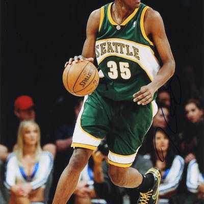 Kevin Durant Signed Seattle SuperSonics 11x14 Photo (JSA COA)