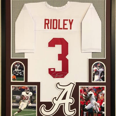Calvin Ridley Signed Alabama Crimson Tide 34x42 Custom Framed Jersey (JSA COA)