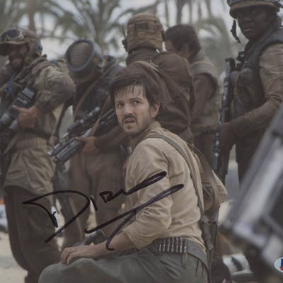 "Diego Luna Signed ""Rogue One: A Star Wars Story"" 8x10 Photo (Beckett COA)"