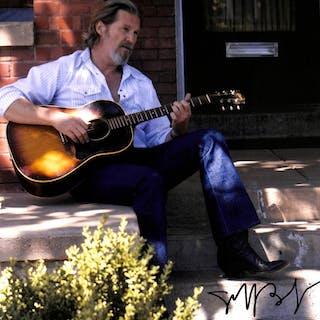 "Jeff Bridges Signed ""Crazy Heart"" 11x14 Photo (PSA COA)"