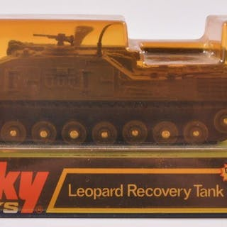 Dinky Toys No. 699 Leopard Recovery Tank Die-Cast Vehicle with Original