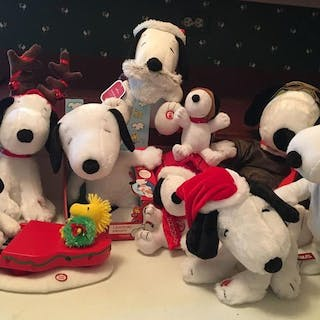 Group of 10 Snoopy Plush Sound, Motion and Lights Toys
