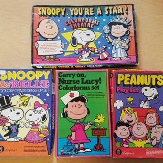 Lot of 4 Peanuts Snoopy Colorforms Play Sets