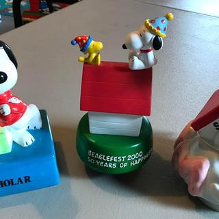 Group of 3 Peanuts Snoopy music boxes