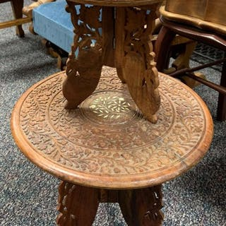 Group of to take down side tables